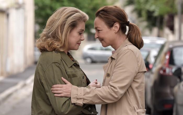 «Поцелуй Беатрис» с Катрин Денев и Катрин Фро