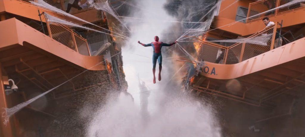 человек-паук возвращение домой кадр 2